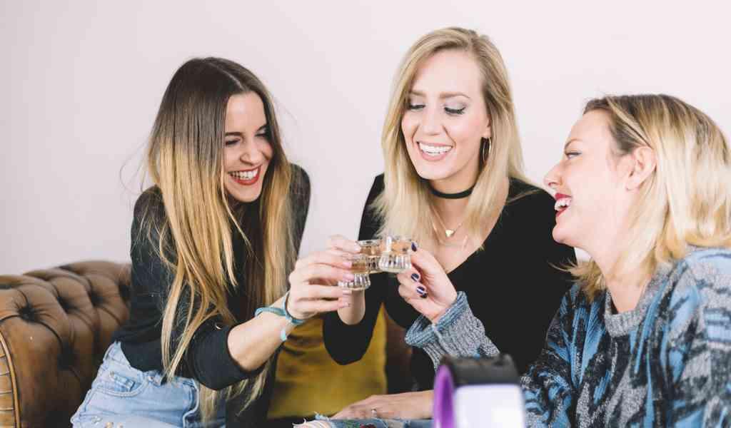 Лечение женского алкоголизма в Апрелевке круглосуточно