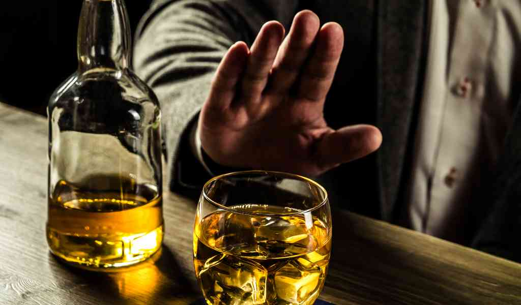 почему опасно пить после работы